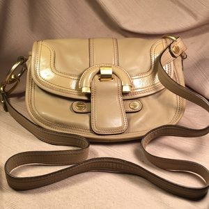 B Makowsky leather crossbody purse